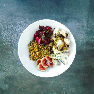 Salade lentilles, artichauts, figues et sardines - la cerise sur le maillot
