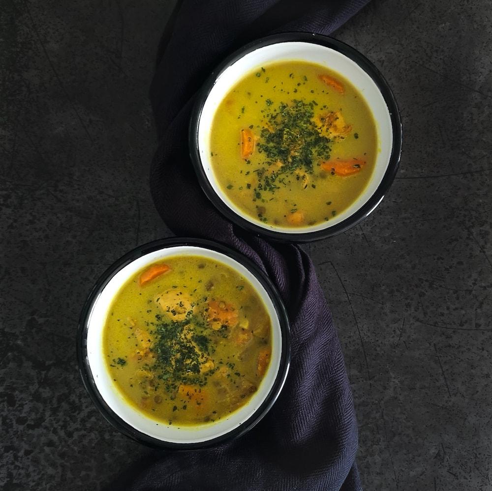 Soupe indienne au poulet mulligatawny - recette soupe - la cerise sur le maillot
