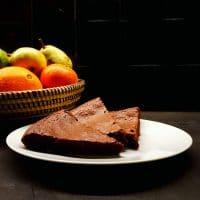 Gâteau fondant au chocolat aux baies de Timut