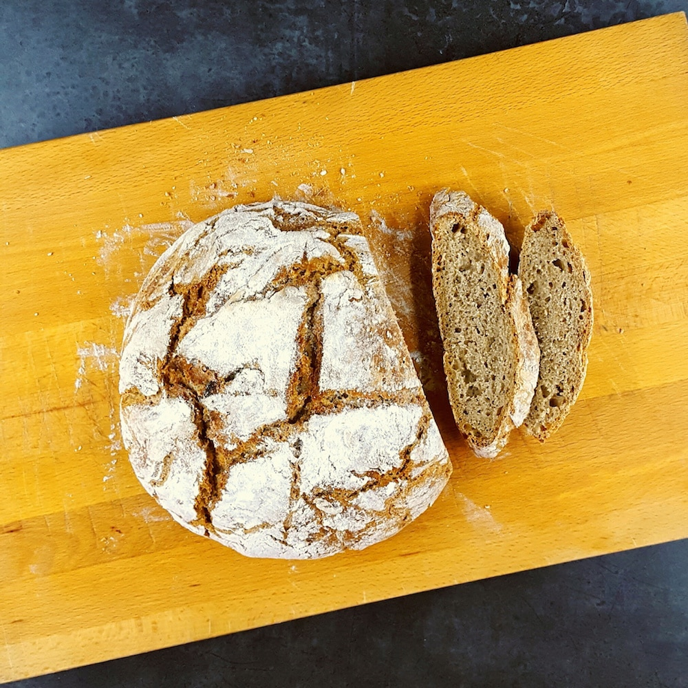 Pain complet sans machine à pain ni pétrissage
