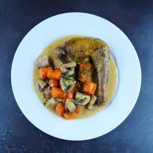 Pintade et légumes à la Normande - recette pintade - la cerise sur le maillot