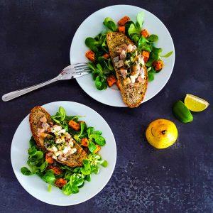 Tartare hareng-poire en salade hivernale - la cerise sur le maillot
