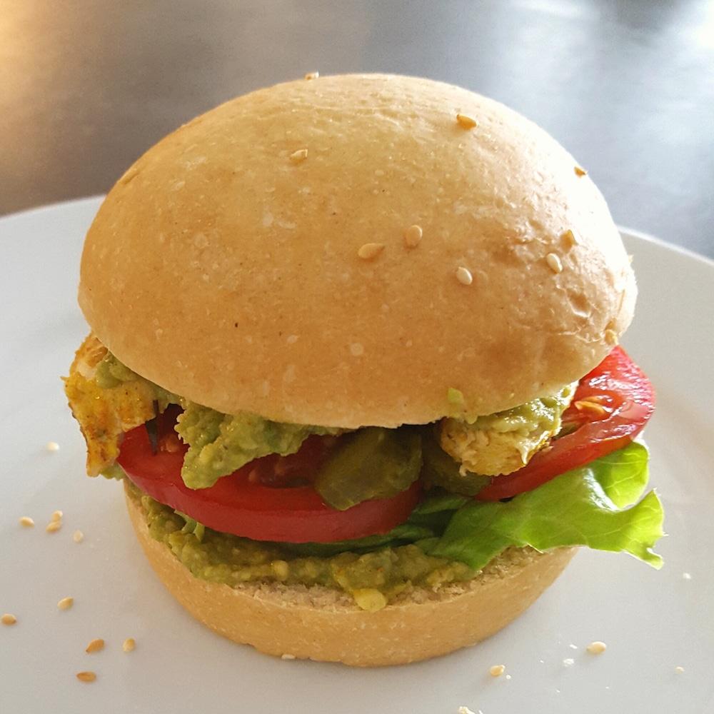Burger poulet-avocat