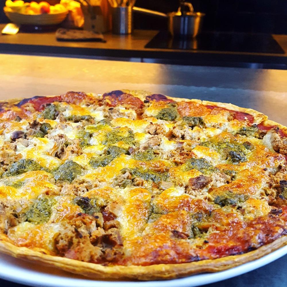 Tarte thon, mozzarella et pesto
