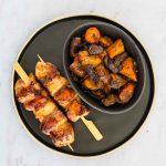 Brochettes de poulet mariné soja-gingembre - la cerise sur le maillot