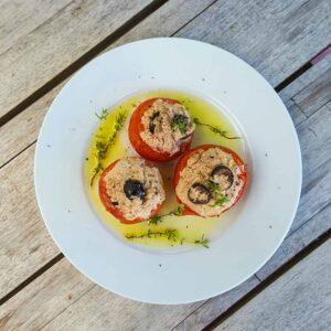 Tomates au thon à la vapeur «Simplissime» - la cerise sur le maillot