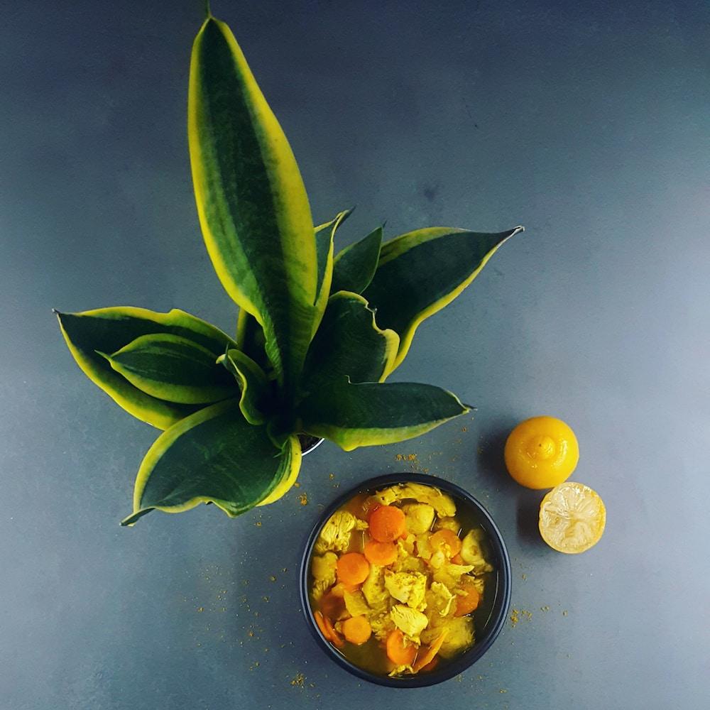 Cocotte de poulet aux légumes et citrons confits