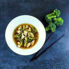 Bouillon miso-dinde-brocoli, léger et délicieux
