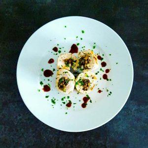 Ballottines de dinde aux champignons et noisettes, réduction de Porto - la cerise sur le maillot