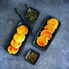Croquettes poipoi (pois cassés-poireaux) sauce thaï