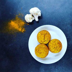 Mini-flans de chou-fleur au curry (sans lait) - recette végétarienne - la cerise sur le maillot