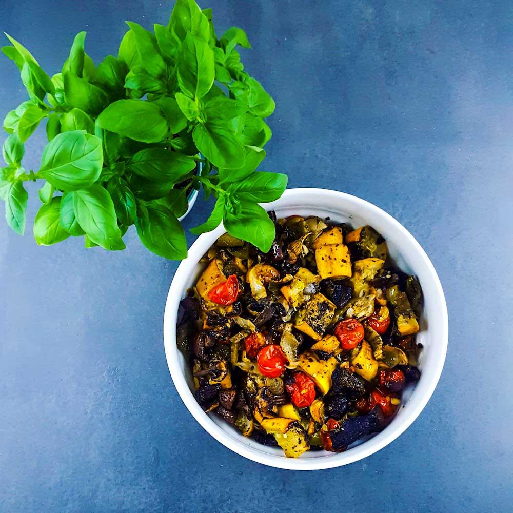 Légumes d'été rôtis-confits - la cerise sur le maillot