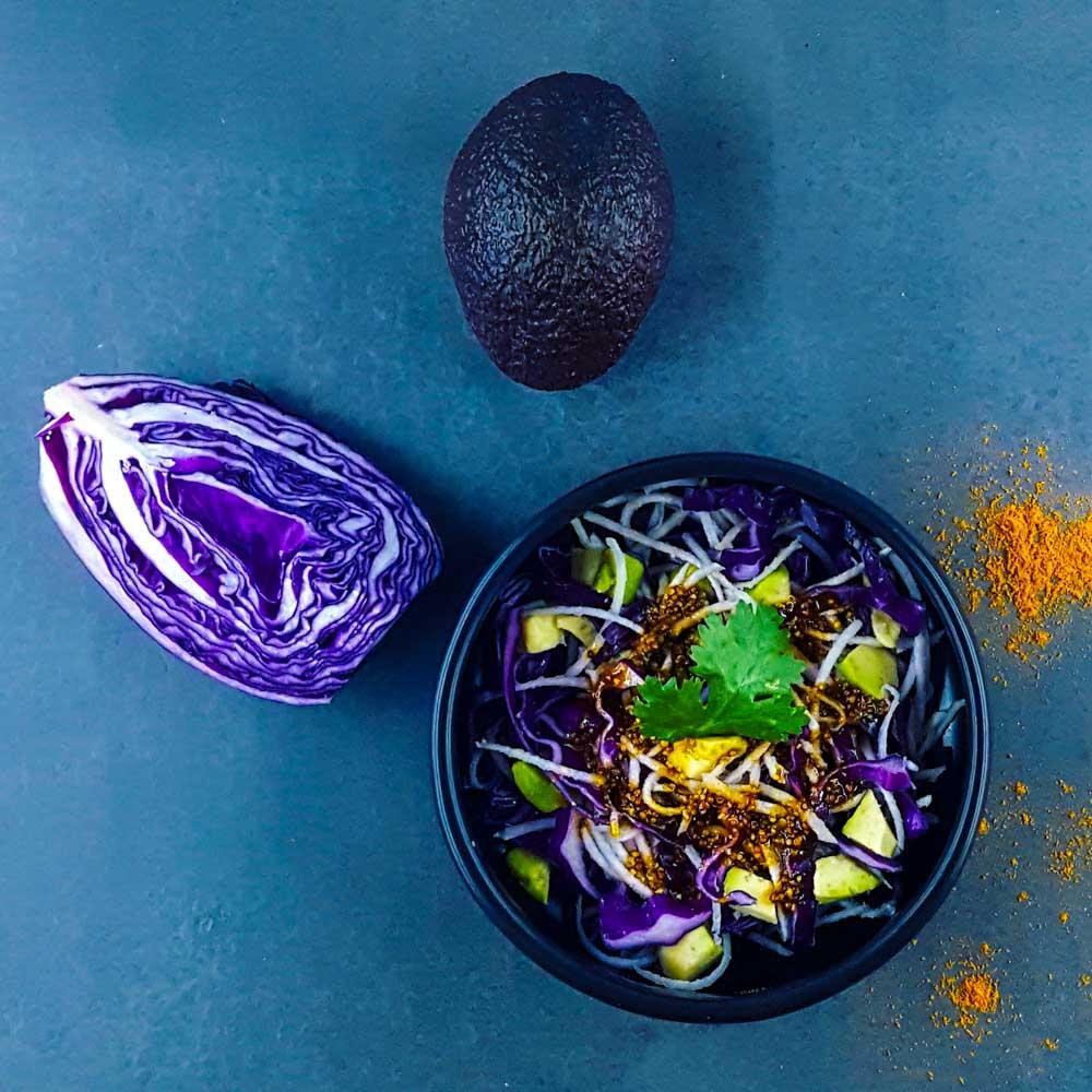 Salade «chou-chou» et avocat sauce au curry - la cerise sur le maillot