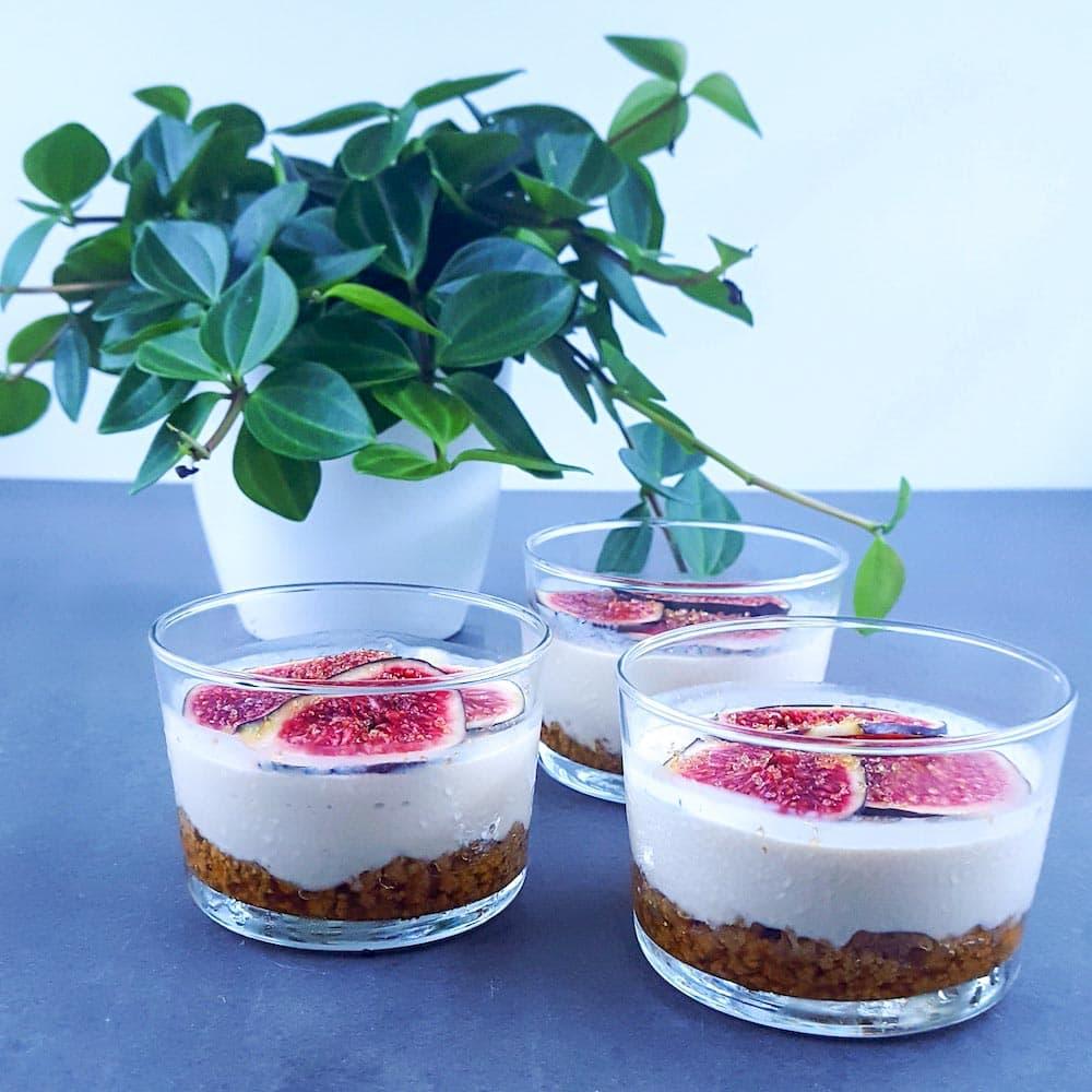 Cheesecake à la figue presque léger (sans cuisson sans gélatine) - la cerise sur le maillot
