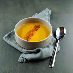 Soupe crémeuse de panais et carottes à la cannelle - recette panais - La cerise sur le maillot