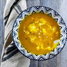 Velouté boost (potimarron, lentilles corail, gingembre, curcuma)