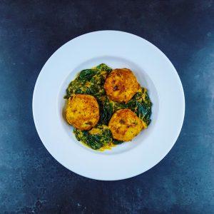 Boulettes de poulet au curry et épinards frais - la cerise sur le maillot