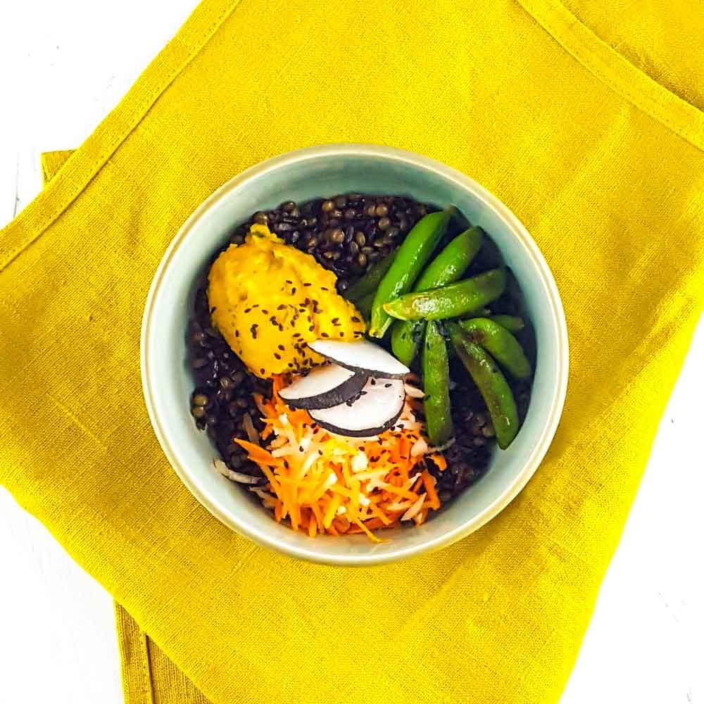 Buddha Bowl tonique et croquant, butternut crémeuse curry-coco - la cerise sur le maillot