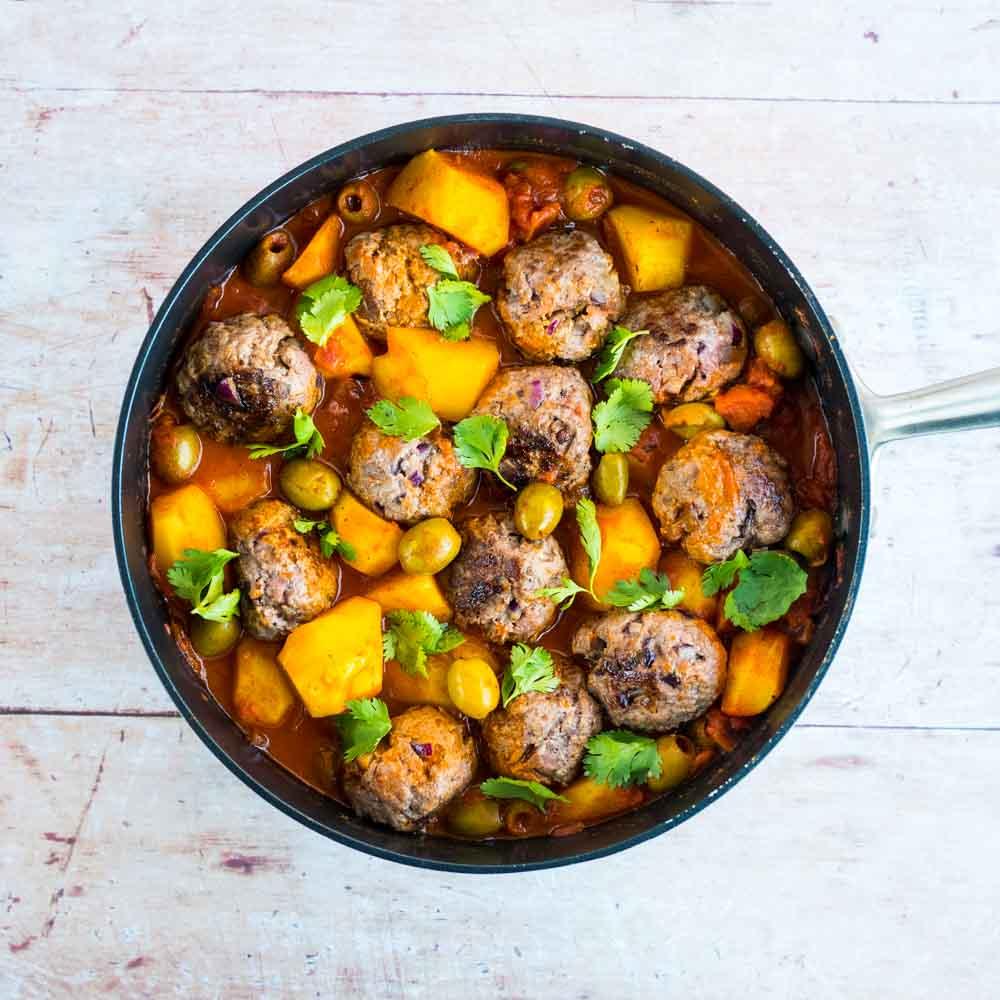 Tajine de keftas aux olives et pommes de terre - recette tajine - la cerise sur le maillot