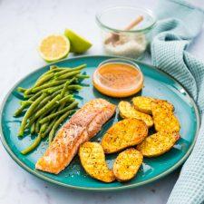 Saumon sauce Chimichurri et pommes de terre au four