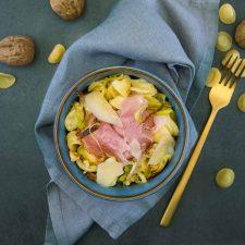 Pastasotto au jambon truffé, noix et brebis