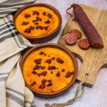 Crème brûlée au potimarron, ail confit et chorizo - la cerise sur le maillot