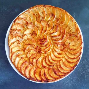 Tarte fine aux pommes - la cerise sur le maillot