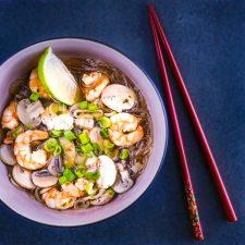 Bouillon asiatique aux crevettes