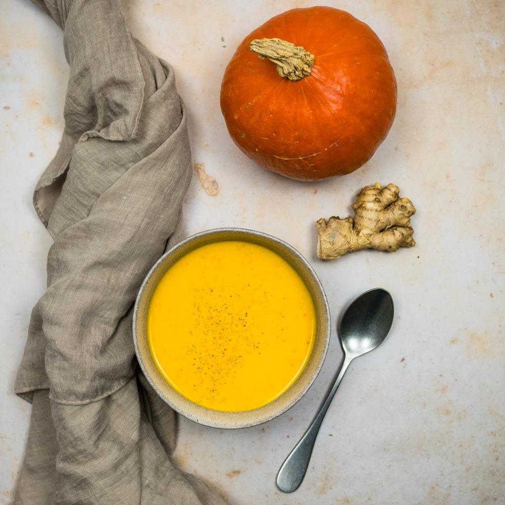 Velouté de potimarron et carottes au gingembre - la cerise sur le maillot