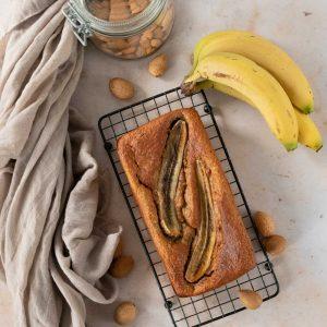 Banana bread sans beurre (avec de la compote) - la cerise sur le maillot