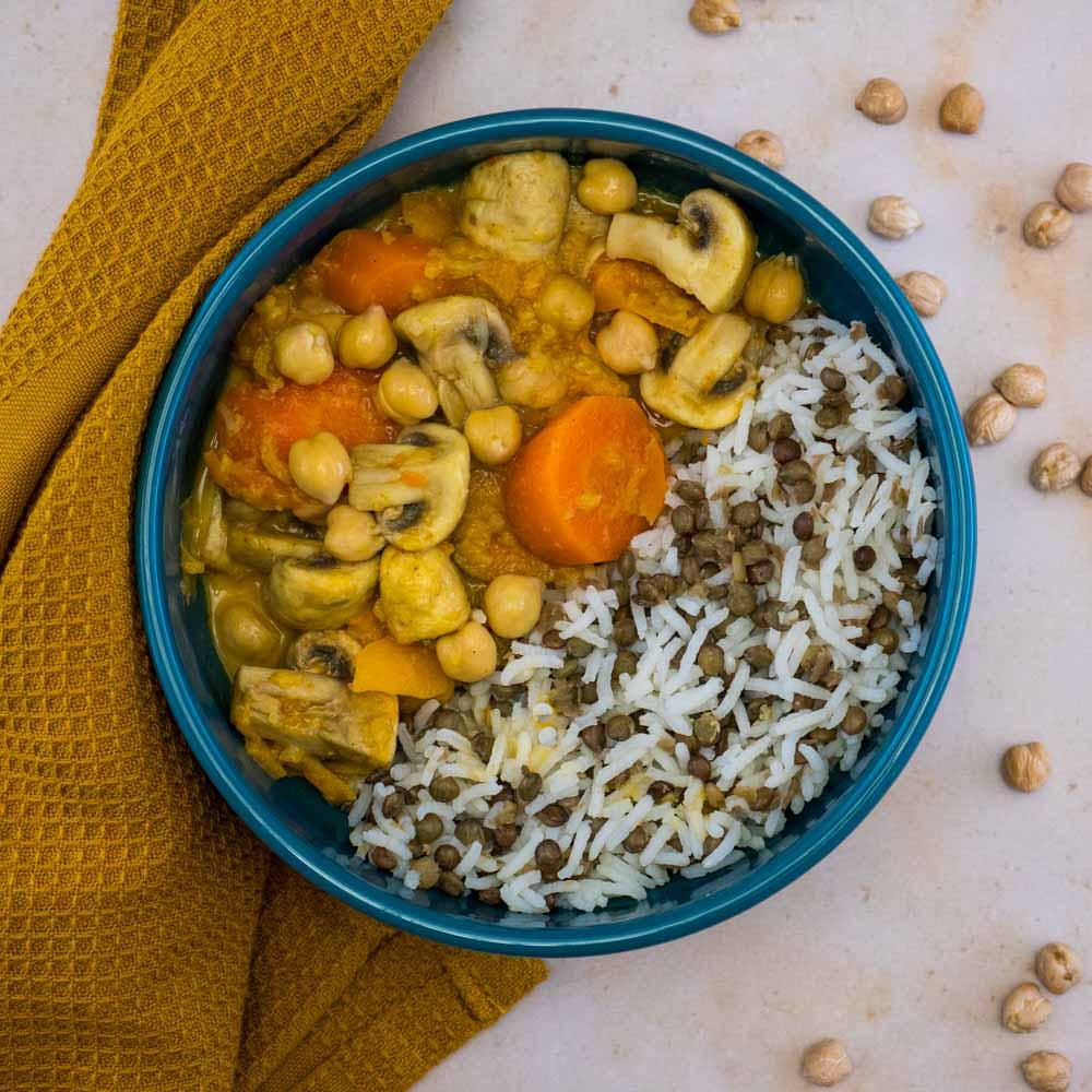 Curry veggie gourmand (patate douce, champignons, carottes, pois chiches) - la cerise sur le maillot