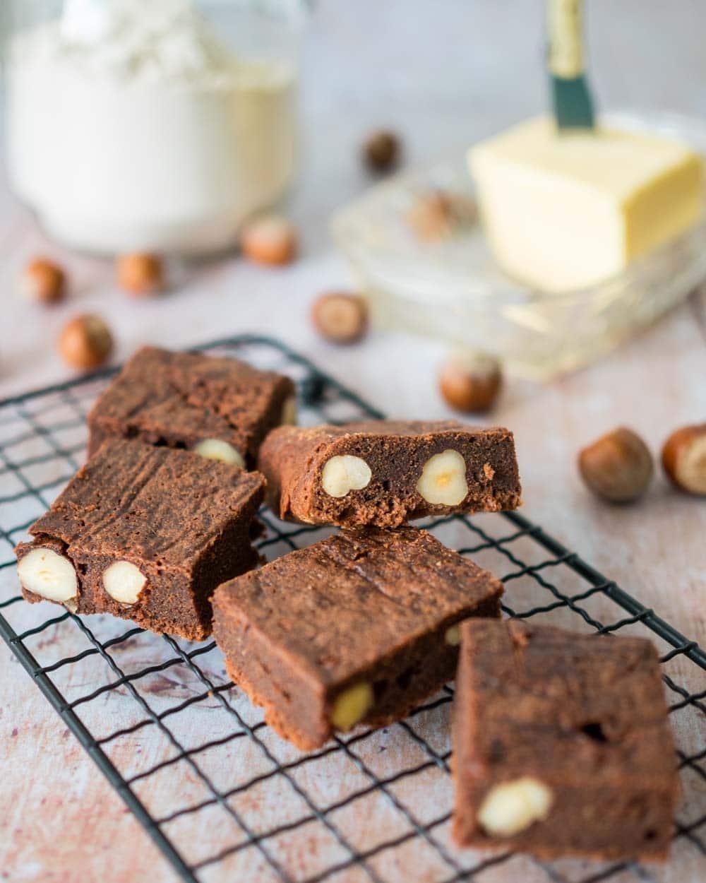 Brownies chocolat noisettes - la cerise sur le maillot