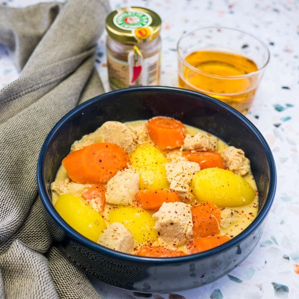 Cocotte de poulet au cidre et piment d'Espelette - la cerise sur le maillot