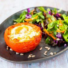 Tomate-œuf cocotte au piment d'Espelette