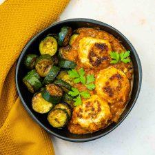 Boulettes de dinde aux olives et sauce tomate au four