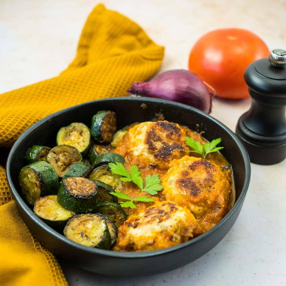 Boulettes de dinde aux olives et sauce tomate au four - la cerise sur le maillot