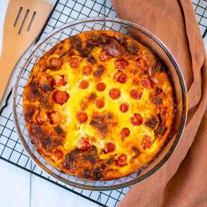 Clafoutis aux tomates cerises et chorizo - la cerise sur le maillot