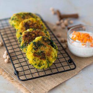 Pakoras, beignets indiens aux épinards - la cerise sur le maillot
