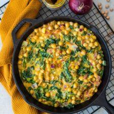Curry express de pois chiches et épinards