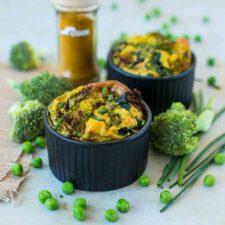 Mini-clafoutis aux légumes de printemps et au curry