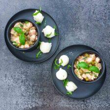 Tartare de saumon aux câpres et au basilic