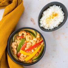 Curry de crevettes et poivrons